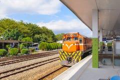 Τραίνο στο σιδηρόδρομο στην Ταϊβάν Στοκ φωτογραφίες με δικαίωμα ελεύθερης χρήσης