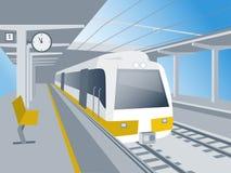 Τραίνο στο σταθμό Στοκ εικόνες με δικαίωμα ελεύθερης χρήσης