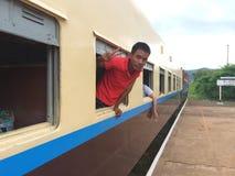 Τραίνο στο hispaw (Βιρμανία) Στοκ Εικόνες