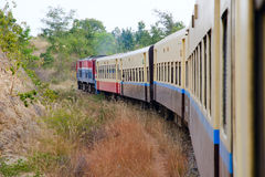 Τραίνο του Μιανμάρ Στοκ φωτογραφία με δικαίωμα ελεύθερης χρήσης