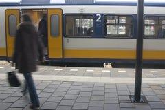 τραίνο 2 σταθμών Στοκ εικόνα με δικαίωμα ελεύθερης χρήσης