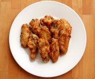 Τραγανά τηγανισμένα φτερά κοτόπουλου Στοκ φωτογραφία με δικαίωμα ελεύθερης χρήσης