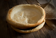 Τραγανό κενό πιάτο ψωμιού Στοκ Φωτογραφίες