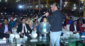 Τραγουδιστής Tochi Raina Bollywood σε Bodhgaya, bihar, Ινδία Στοκ Εικόνες