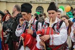 Τραγουδιστές Bagpipe στο ιρλανδικό φεστιβάλ στο Βουκουρέστι, Ρουμανία Στοκ Εικόνα