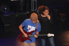 Τραγουδιστής/συγγραφέας Nneka τραγουδιού Στοκ εικόνα με δικαίωμα ελεύθερης χρήσης