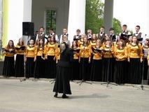 Τραγουδώντας γυναίκες Στοκ φωτογραφία με δικαίωμα ελεύθερης χρήσης