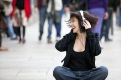 τραγούδι πλήθους Στοκ εικόνες με δικαίωμα ελεύθερης χρήσης