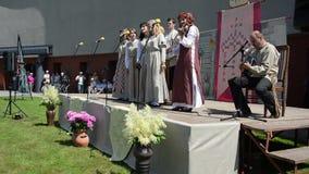 Τραγούδι ζωνών χωρών γυναικών φιλμ μικρού μήκους