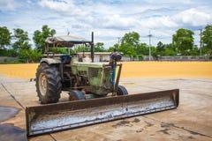 Τρακτέρ για τη γεωργία Στοκ φωτογραφία με δικαίωμα ελεύθερης χρήσης