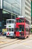 Τραμ διόροφων λεωφορείων Χονγκ Κονγκ σε κεντρικό Στοκ Εικόνες