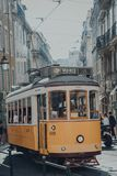 Τραμ 28 Λισσαβώνα στοκ φωτογραφία