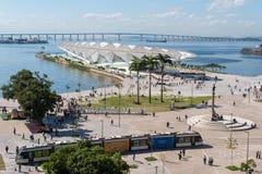 Τραμ που περνά την πλατεία Maua στο Ρίο Στοκ εικόνες με δικαίωμα ελεύθερης χρήσης