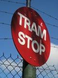 τραμ στάσεων σημαδιών στοκ εικόνα με δικαίωμα ελεύθερης χρήσης
