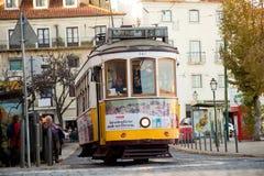τραμ της Λισσαβώνας κίτρι&nu Στοκ φωτογραφίες με δικαίωμα ελεύθερης χρήσης