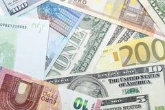 Τραπεζογραμμάτια ευρώ και δολαρίων Στοκ Εικόνα