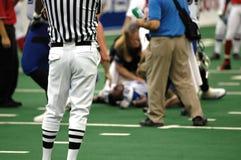 τραυματισμένος ποδόσφαι&r στοκ φωτογραφίες