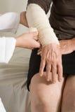 τραυματισμός βραχιόνων Στοκ Εικόνες