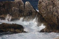 τραχιά κύματα Στοκ Εικόνες