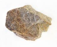 τραχιά Quartzite πέτρα στο λευκό στοκ φωτογραφία