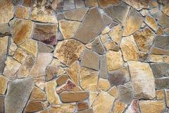 Τραχύς τοίχος πετρών του τραχιού υποβάθρου πετρών Στοκ Εικόνες