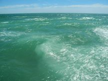 Τραχύς ωκεανός, Ατλαντικός Ωκεανός, Καντίζ, Spane Στοκ φωτογραφίες με δικαίωμα ελεύθερης χρήσης