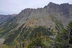 Τραχύ αλπικό τοπίο των καφέ κουδουνιών και της σειράς αλκών, Κολοράντο, δύσκολα βουνά στοκ εικόνες