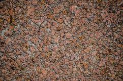 Τραχύ κόκκινο σχέδιο ή κεραμίδια πεζοδρομίων σύστασης επιφάνειας κεραμιδιών βράχου στοκ εικόνα με δικαίωμα ελεύθερης χρήσης