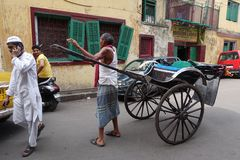 Τργμένη χέρι δίτροχος χειράμαξα Kolkata Στοκ Εικόνα
