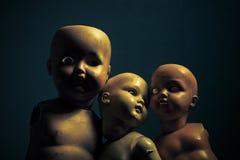 Τρεις ανατριχιαστικές κούκλες Στοκ εικόνες με δικαίωμα ελεύθερης χρήσης