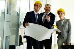 Τρεις αρχιτέκτονες στοκ φωτογραφία με δικαίωμα ελεύθερης χρήσης