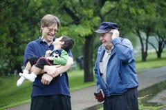 Τρεις γενεές στο πάρκο Στοκ Φωτογραφία