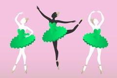 Τρεις νέες γυναίκες σκιαγραφούν το μπαλέτο χορού Στοκ Εικόνα