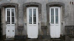 Τρεις παλαιές πόρτες στοκ φωτογραφία με δικαίωμα ελεύθερης χρήσης