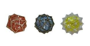 Τρεις σφαίρες των διαφορετικών χρωμάτων με το πλέγμα τριγώνων ελεύθερη απεικόνιση δικαιώματος