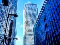 Τρεις σύγχρονοι πύργοι γραφείων γυαλιού στο Canary Wharf, το Docklands, Στοκ φωτογραφία με δικαίωμα ελεύθερης χρήσης