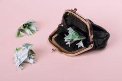 Τρεις φρύνοι εκατό και πορτοφόλι Στοκ εικόνες με δικαίωμα ελεύθερης χρήσης