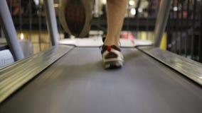 Τρεξίματα ατόμων treadmill απόθεμα βίντεο