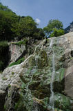 Τρεχούμενο νερό στο βουνό Taishan Στοκ Εικόνες
