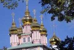 Τριάδα Sergius Lavra στη Ρωσία dormition εκκλησιών Στοκ φωτογραφίες με δικαίωμα ελεύθερης χρήσης