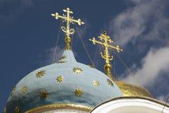 Τριάδα Sergius Lavra στη Ρωσία dormition εκκλησιών Στοκ Φωτογραφία