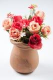 Τριαντάφυλλα σε ένα δοχείο Στοκ Φωτογραφία