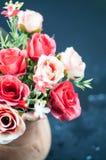 Τριαντάφυλλα σε ένα δοχείο Στοκ Εικόνα