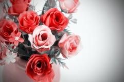 Τριαντάφυλλα σε ένα δοχείο Στοκ φωτογραφία με δικαίωμα ελεύθερης χρήσης