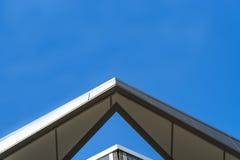 Τριγωνική άκρη στεγών στοκ εικόνα με δικαίωμα ελεύθερης χρήσης