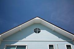 Τριγωνική στέγη στοκ φωτογραφίες
