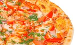 τριζάτη χρυσή πίτσα πιπεριών Στοκ Εικόνα
