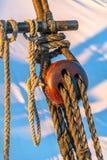 Τριπλή λεπτομέρεια Deadeye των ξαρτιών Schooner Στοκ εικόνα με δικαίωμα ελεύθερης χρήσης