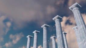 τρισδιάστατη αρχαία κιονοστοιχία στυλοβατών ενάντια στο νεφελώδη ουρανό απόθεμα βίντεο