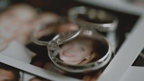 τρισδιάστατος γάμος δαχτυλιδιών ομορφιάς απόθεμα βίντεο